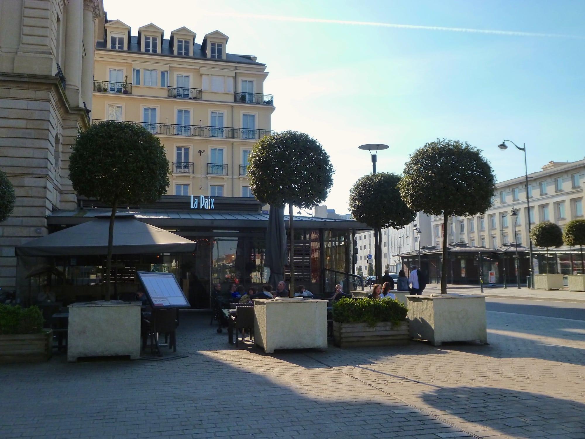 Prix Du Cafe Au Cafe De La Paix A Paris
