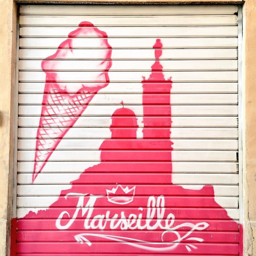 Savourez Une Glace à La Navette Au Glacier Du Roi à Marseille