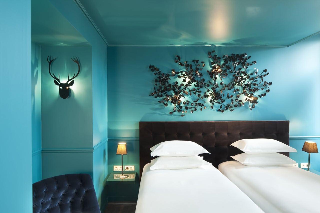 Emejing Chambre Bleu Canard Et Noir Images - House Design ...