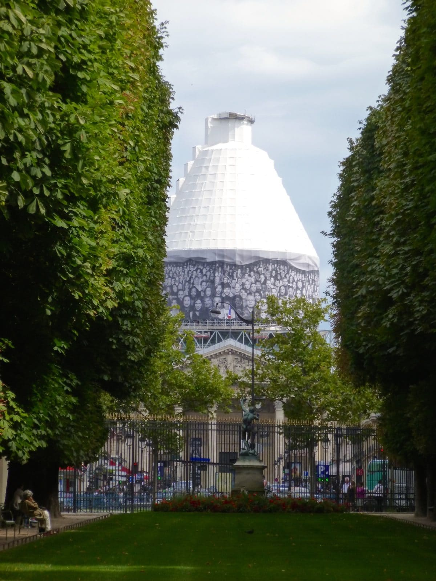 Un moment de d tente et de r verie au jardin du luxembourg for Jardin luxembourg horaires