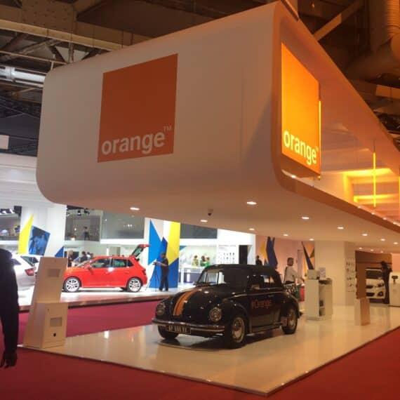 Orange au Mondial Auto 1