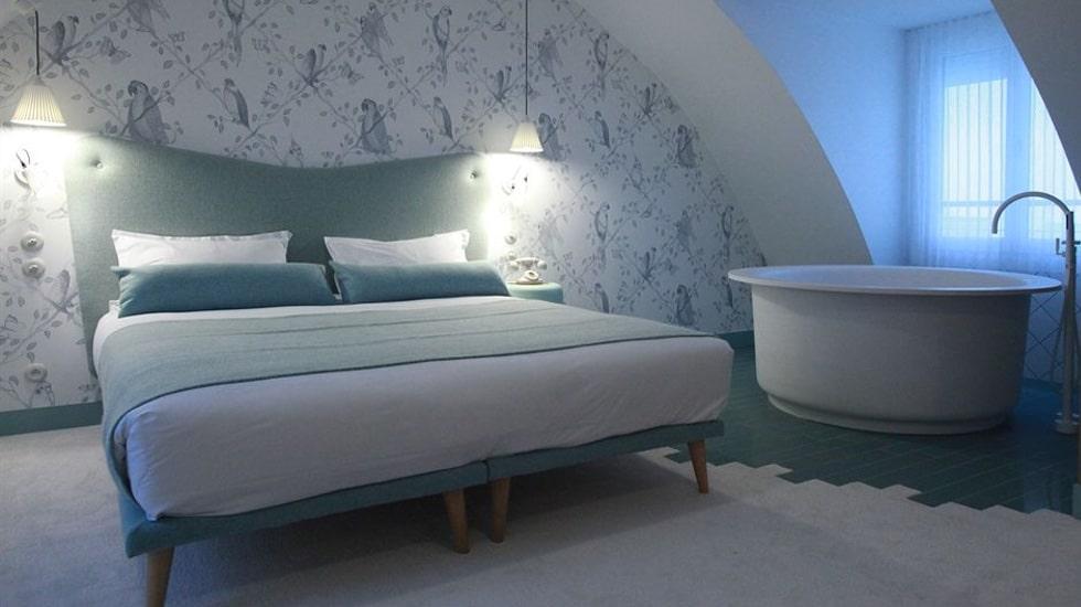 L 39 h tel le lapin blanc paris bienvenue au pays des merveilles - Le lapin blanc hotel ...
