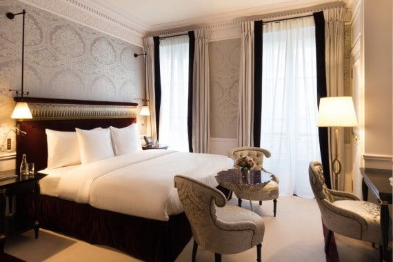 La-Reserve-Paris-Hotel-chambre-2