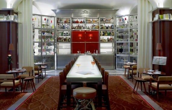 Royal-Monceau-le-Bar-Long-630x405-C-OTCP-DR