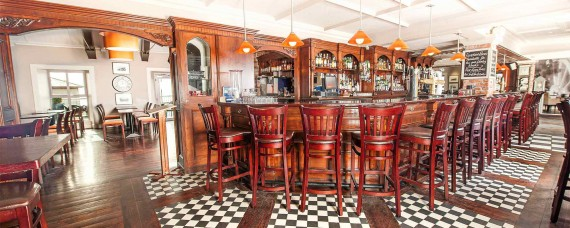 clancys-bar-restaurant-youghal-co-cork-ireland