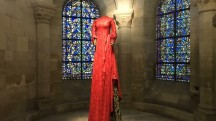 8 robes de princesse exposées à la Basilique Saint-Denis