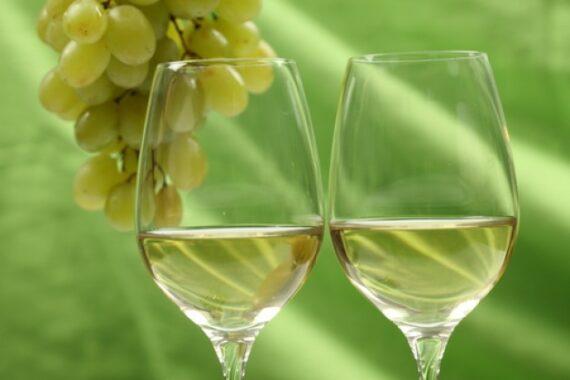 verres-de-blanc-via-fr-freepik-com