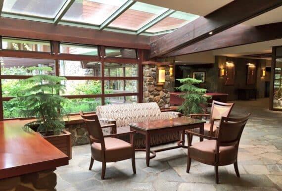 Disney's Sequoia Lodge 35