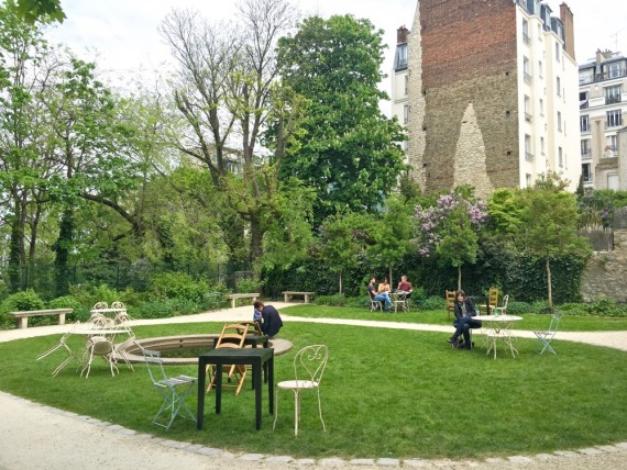 Jardins Renoir Montmartre 15