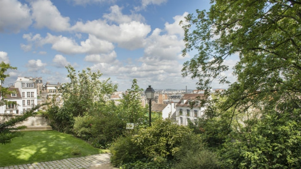 les jardins renoir lieu secret de la butte montmartre mon paris joli. Black Bedroom Furniture Sets. Home Design Ideas