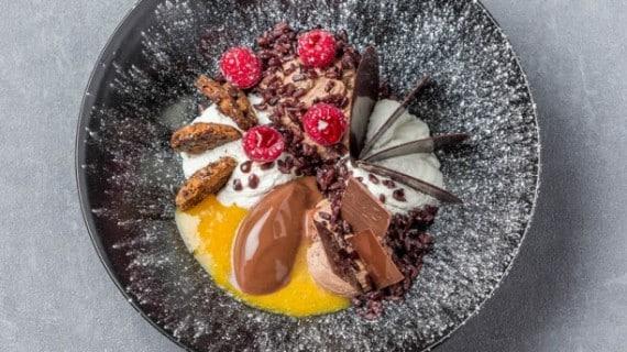 le-first-restaurant-boudoir-hotel-westin-le-poke-bowl-chocolat-bdc9e
