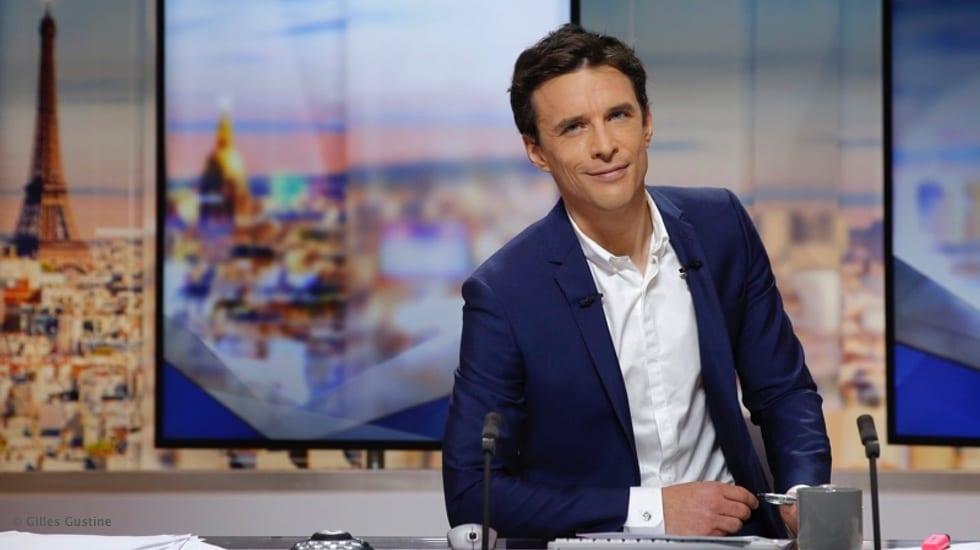 Dans les coulisses de la matinale de LCI avec François-Xavier Ménage